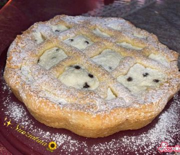 Crostata ricotta, canditi e gocce di cioccolato (Bimby)