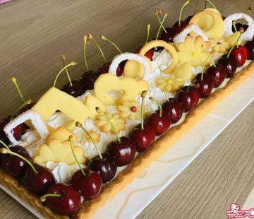 Crostata con ganache al cioccolato bianco e ciliegie